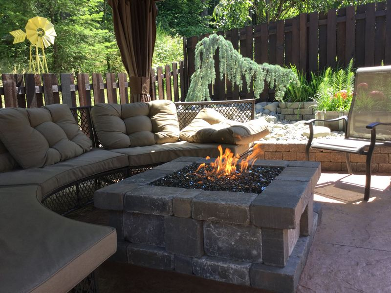 outdoor-gas-fireplace-issaquah-wa